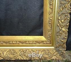 # 565 Grand Framework Nineteenth Century Epoque Frame 95.5 X 76.5 CM