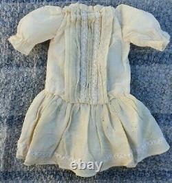Beautiful Dress Bb Bru Jumeau Steiner 19th Century