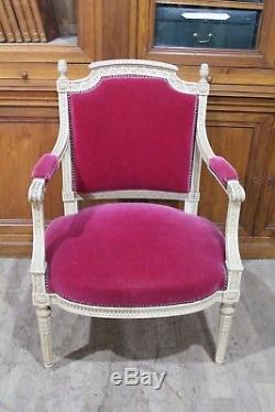 Important Living Room Louis XVI Style White Lacquered Wood Late Nineteenth Century Era