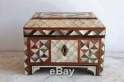 Ottoman Case In Mother Of Pearl, Nineteenth Time