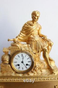 Pendule Au General Romain Epoque 19th Century