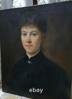 Portrait Of A Woman Of Epoque At The End Of The 19th Century Ecole Française Du Xixème Pst