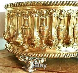 Pretty Gardener Brass Napoleon Iii, Mid-nineteenth Century