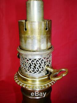 Rare Lamp At Moderator Gagneau. Bronze. On The Art Nouveau Era. Nineteenth Century