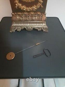 ANCIENNE PENDULE BORNE BRONZE DORE EPOQUE RESTAURATION VASE COUPE XIX èm