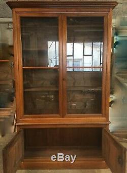 Bibliothèque en noyer époque XIX ème siècle
