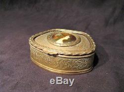 Boîte à bijoux en laiton miniature sur porcelaine époque XIX ème siècle