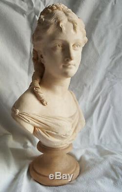 Buste jeune femme terre cuite époque XIX ème siècle, goût du 18ème