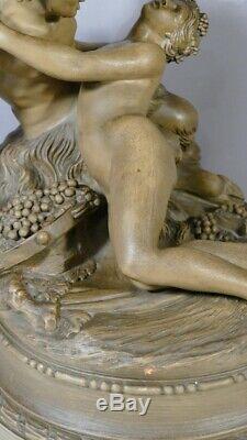 Clodion, Satyre Jouant Avec Une Nymphe, Sculpture En Terre Cuite époque XIX ème