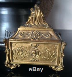 Coffret Bronze doré Chasse XIXéme style XVIIIeme Haute Epoque vierge putti