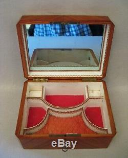 Coffret à bijoux marqueterie de bois de rose époque XIX ème siècle