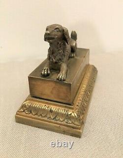 Encrier dissimulé en bronze chien couché époque XIXème siècle