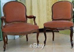 Fauteuils / Chaises en Noyer. Garniture Tissu Velours. Epoque XIXème siècle