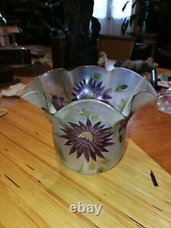 Grosse tulipe verre peint émaillé lampe à huile ou à pétrole époque XIXème