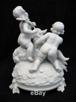 Groupe en porcelaine de Saxe de Schwarsbourg époque XIX ème siècle