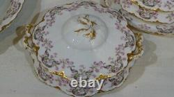Haviland, Service Aux Roses, 54 Pièces De Porcelaine époque Fin XIX ème Siècle