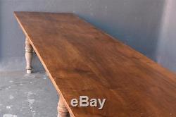 Immense table de communauté en noyer époque début XIXème