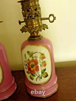 Jolie paire de lampe à huile en porcelaine époque XIXeme