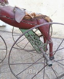 Jouet ancien, cheval tricycle en bois et fonte d'époque fin XIX ème