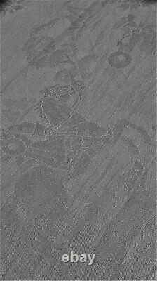 Linge ancien Grande nappe de banquet ancienne motifs de chasseurs d'époque