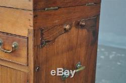 Meuble de toilette de marine d'époque fin XIXème