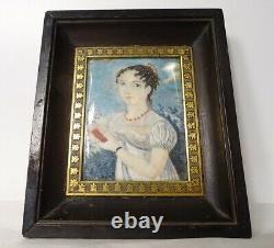 Minature portrait jeune femme au collier carnet époque XIXème