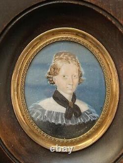 Miniature Peinte Portrait Femme Élégante Signée Époque XIX ème Antique Painting