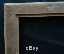 N° 641 CADRE Epoque XIXème bois doré à la feuille pour chassis 61 x 74.5 cm