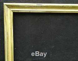N° 646 CADRE Epoque XIXème en bois doré pour chassis 65 x 49.5 cm