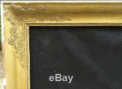 N° 691 CADRE Epoque XIXème bois et stuc doré pour chassis 74 x 60,3 cm