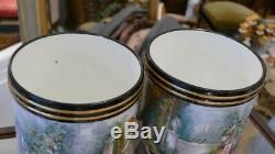 Paire De Cache Pots En Porcelaine Peinte à La Main, époque XIX ème
