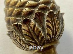 Paire de Boules dEscalier Formant des Pommes de Pin en Bronze Époque XIX ème