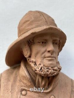 Paire de Sculptures Terre Cuite Couple Marin Pêcheur Personnages Époque XIX ème