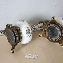 Paire de lampes faience de Gien decor renaissance Hauteur 49 cm epoque XIXeme