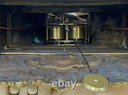 Pendule Bronze Dore Epoque Restauration Xixeme Cadran Email Homme Au Livre M135