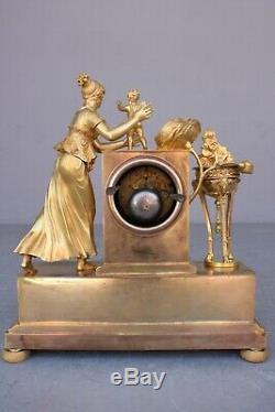 Pendule Empire Epoque XIXème Enfant Et Rose
