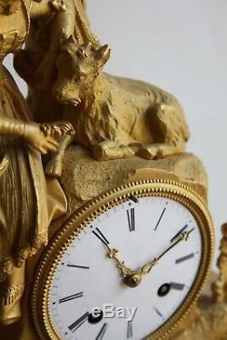 Pendule Femme Au Bouc Epoque XIXème