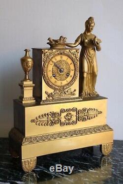 Pendule à La Vestale Epoque XIXème