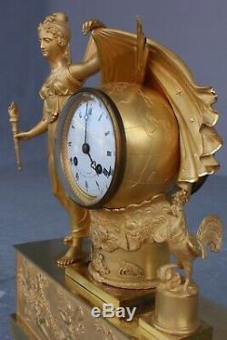 Pendule d'époque Empire Représentant l'Aurore XIXème