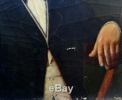 Portrait d'homme à la boucle d'oreille époque Louis Philippe HST début XIXème