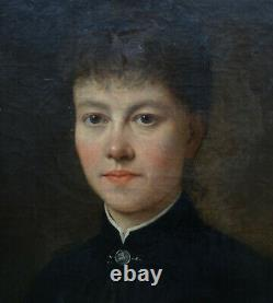 Portrait de femme d'Epoque fin XIXème siècle Ecole Française du XIXème HST