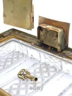 Saint Louis coffret en Cristal taillé monture en bronze époque Empire XIXeme