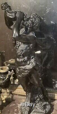 Satyre buvant sculpture en bronze d'après Clodion époque XIX ème siècle