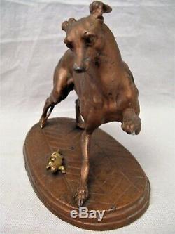 Sculpture en métal lévrier au lézard époque XIX ème siècle
