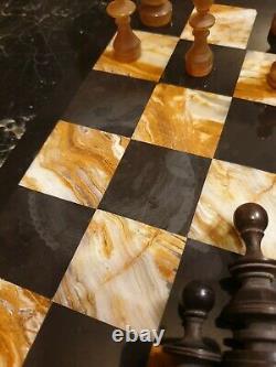Superbe Jeu D'échecs En Corne D'époque XIXeme