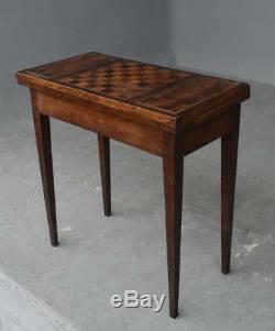 Table à jeu d'échecs marquetée d'époque début XIXème