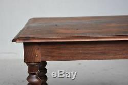 Table en noyer et chêne style Louis XIII torsadée époque XIXème