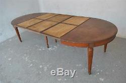 Table ovale en acajou à grattoirs sur les côtés époque fin XIXème