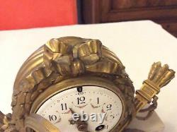 Très belle Pendule Carquois LOUIS XVI em marbre et bronze doré, époque XIX e