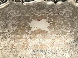 Très grand plateau en métal argenté époque fin XIXème siècle